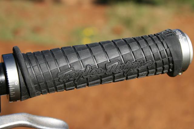 Troy Lee Designs ODI All-Mountain Downhill BMX Bike Handlebar Lock-On Grips 901003590