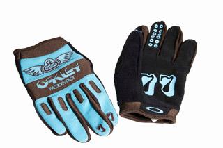SE-x-Oakley-Factory-Pilot-Gloves